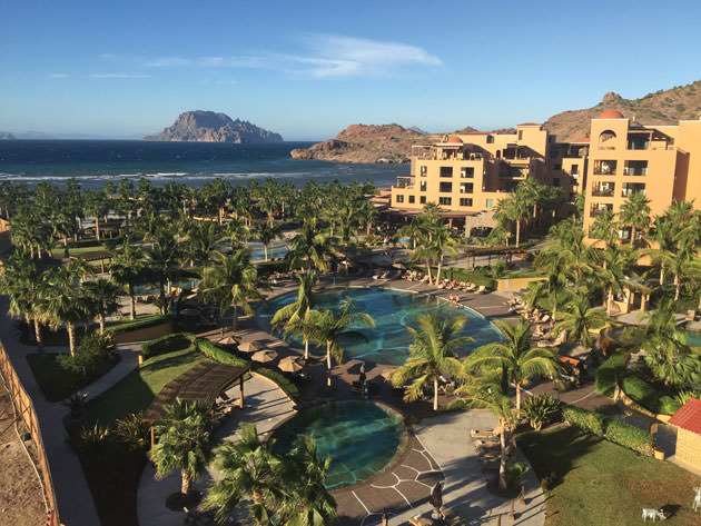 SEASIDE PARADISE: Villa del Palmar at the Islands of Loreto; the risk-reward 16th hole.