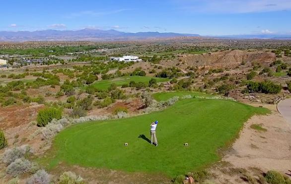 Santa Fe is a Spring Golf Orgy
