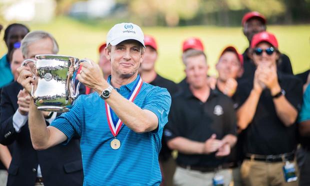 u.s. senior open - david toms raises trophy