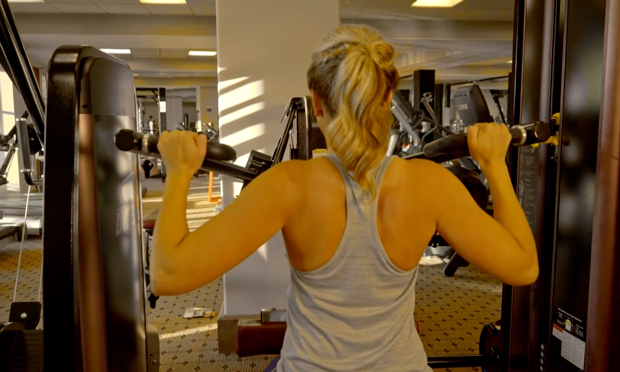 back strength lat pull down