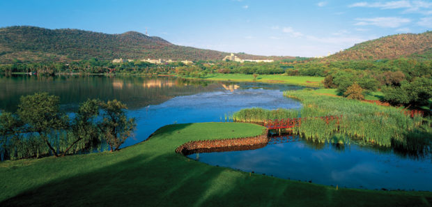 Sun_City-Gary_Player_Country_Club_17th_Hole