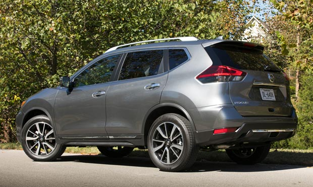 2018_Nissan_Rogue_Back