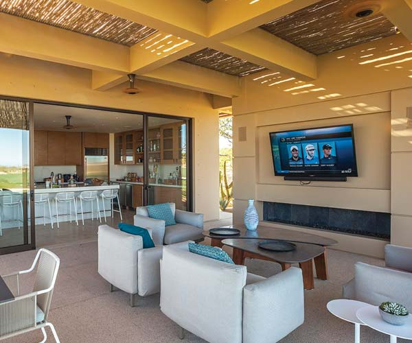 Twin Dolphin Golf Club halfway house
