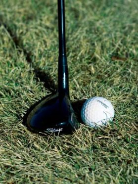 Hybrid golf club from the rough 1