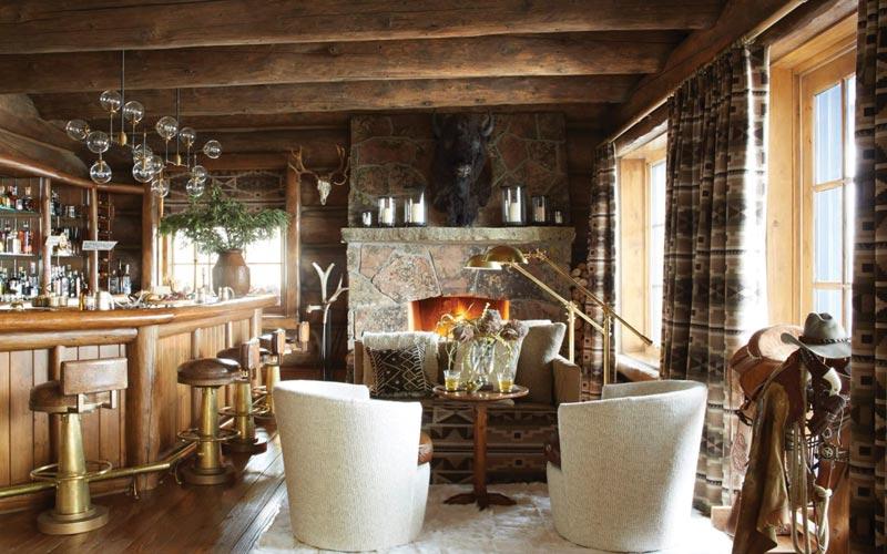 Sitting room at Seven Lakes Ranch