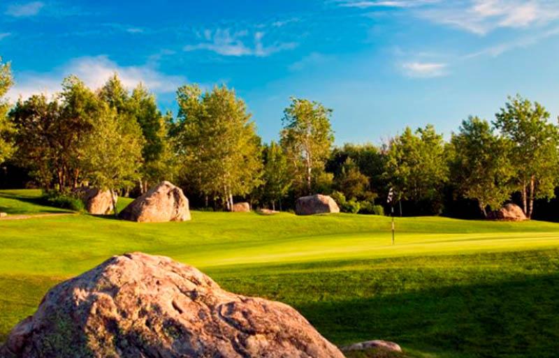 Hole 9 at Rollingstone Ranch Golf Club